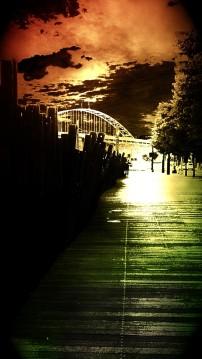 boardwalk with Fremont bridge